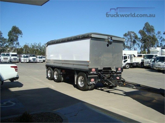 2013 Mack Granite - Truckworld.com.au - Trucks for Sale