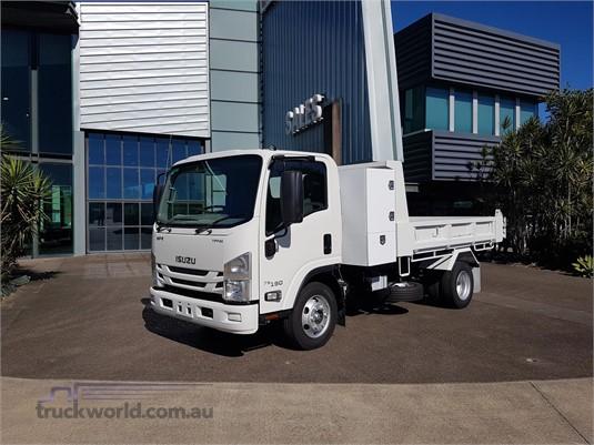 2018 Isuzu other Trucks for Sale