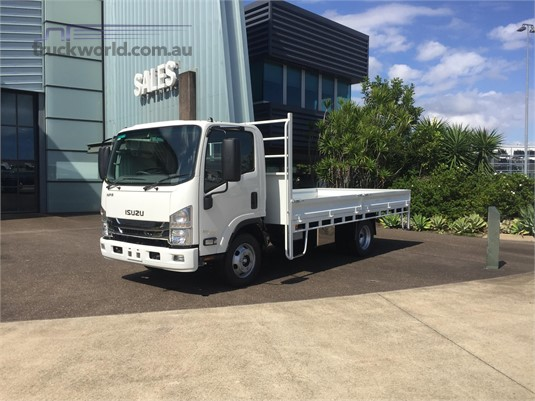 2018 Isuzu NPR 65 190 - Trucks for Sale