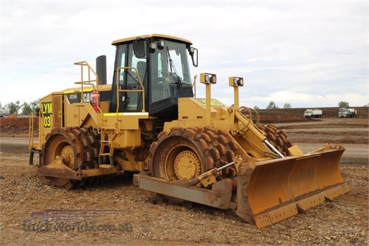 2008 Caterpillar 825H  - Heavy Machinery for Sale