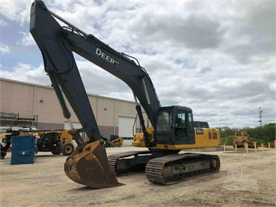 DEERE 330 For Sale - 39 Listings | MachineryTrader com - Page 1 of 2