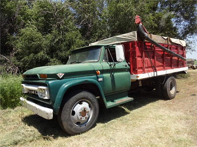 Lot # 2950 - 1966 GMC 4000