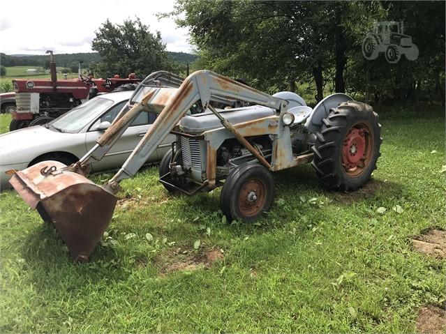 1956 MASSEY-FERGUSON TO35 For Sale In Williamsburg