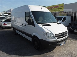 MERCEDES-BENZ SPRINTER 210