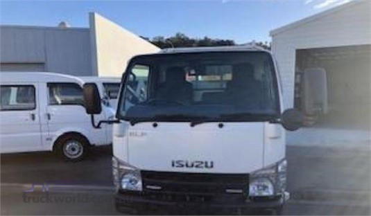 2011 Isuzu ELF - Trucks for Sale