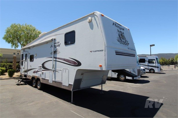 FLEETWOOD Fifth Wheel RVs For Sale - 15 Listings