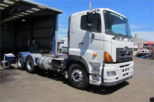 2005 Hino 700 Series SS - Trucks for Sale