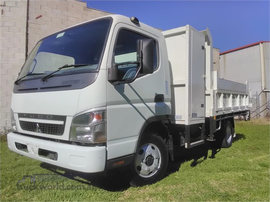 2009 Fuso Canter - Trucks for Sale