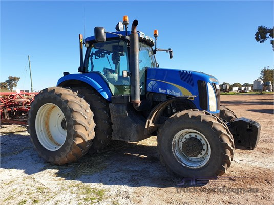 2011 New Holland T8050  - Farm Machinery for Sale