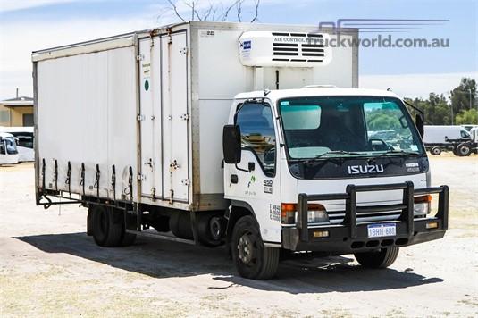 2002 Isuzu other Trucks for Sale