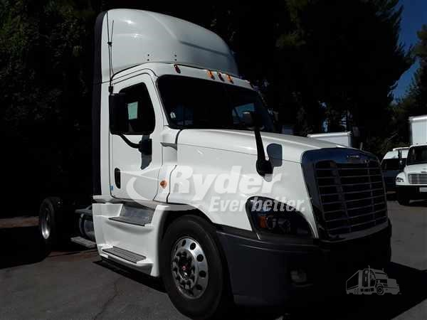 2014 FREIGHTLINER CASCADIA 125 For Sale In KAPOLEI, Hawaii