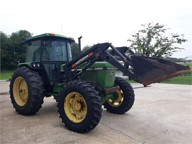 JOHN DEERE 2950 For Sale - 34 Listings   TractorHouse com - Page 1 of 2