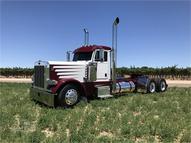 PETERBILT 379EXHD Conventional Day Cab Trucks For Sale - 45 Listings