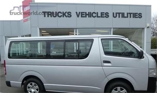 2009 Toyota HIACE - Trucks for Sale