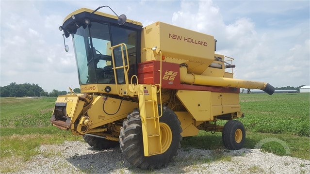 1985 NEW HOLLAND TR86 at AuctionTime.com