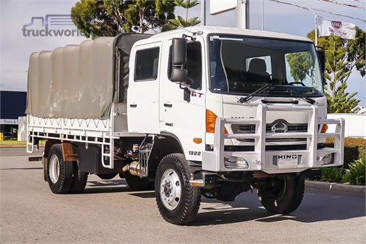 2012 Hino other - Trucks for Sale