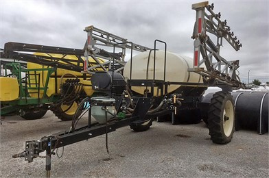 WYLIE Sprayers For Sale - 25 Listings   TractorHouse com - Page 1 of 1