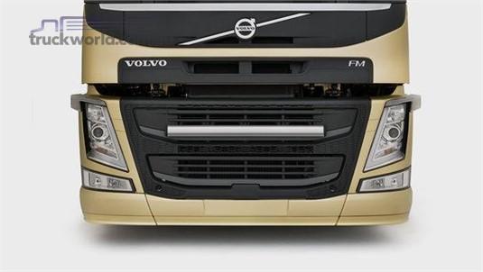 Volvo FM11 4x2 Tractor X-Low Full Air Suspension