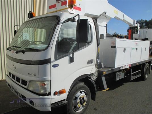2006 Hino Dutro Trucks for Sale