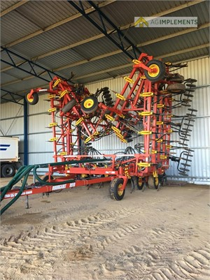 2015 Bourgault 8910 Ag Implements - Farm Machinery for Sale