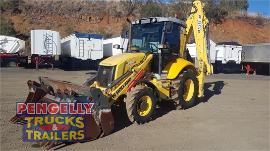 2012 New Holland B110B Pengelly Truck & Trailer Sales & Service - Heavy Machinery for Sale