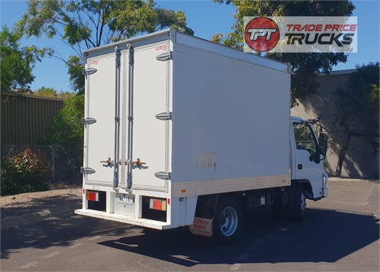 2006 Isuzu NKR 200 Trade Price Trucks - Trucks for Sale