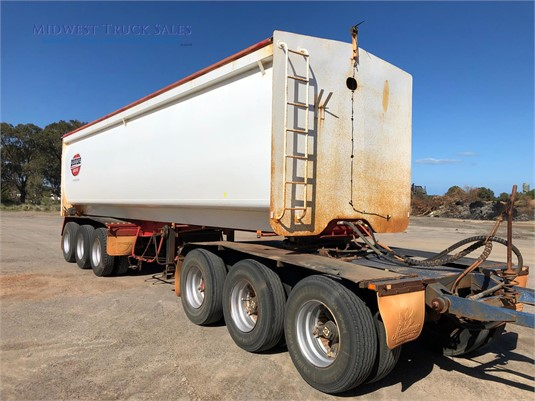 2003 Roadwest Tipper Trailer Midwest Truck Sales - Trailers for Sale