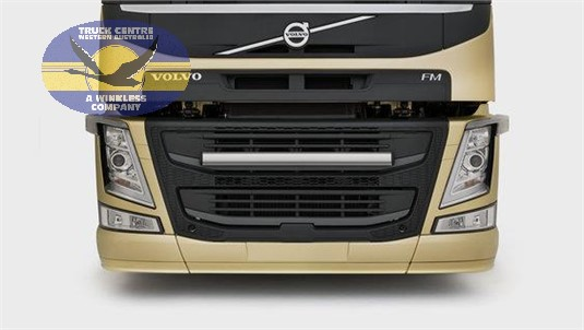 Volvo FM11 6x2 Tractor Pusher Rear Air Suspension