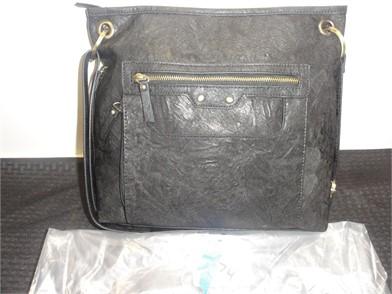 BLACK ZIPPERED LARGE HANDBAG Other Items For Sale - 10
