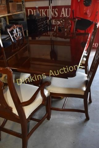 Dinning Room Table and 6 Chairs with Leaf | HiBid Auctions