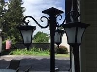 Tripple Solar Light In Planter.