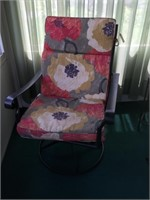 Nice Comfortable Patio Swivel Rocking Chairs