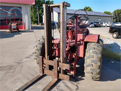 INTERNATIONAL 40 HP To 99 HP Tractors Online Auctions - 20 Listings