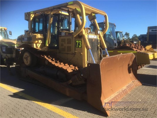 2003 Caterpillar D6R XL II Heavy Machinery for Sale