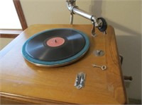 Le Concert Automatique Wood Record Player with Rec