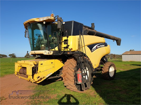 2004 New Holland other - Farm Machinery for Sale
