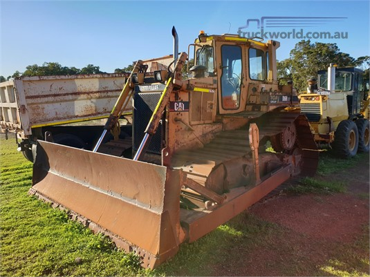 1900 Caterpillar D6H Heavy Machinery for Sale