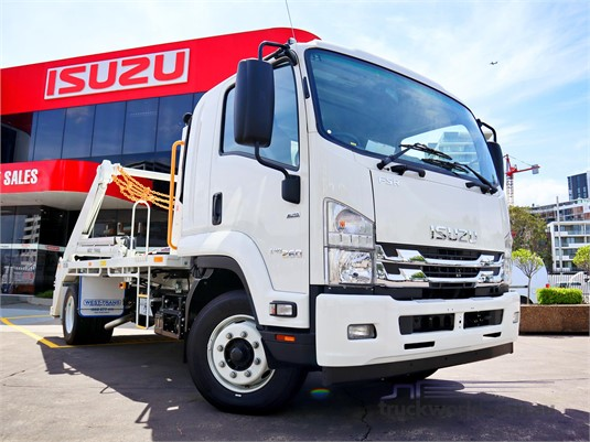 2019 Isuzu FSR - Trucks for Sale