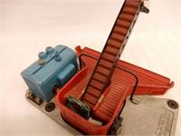 LIONEL TRAINS NO. 397 COAL LOADER - NO BOX