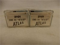GROUPING ATLAS GAUGE TRAIN COLLECTIBLES / CASE