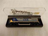SPECTRUM GE-DASH 8 DIESEL CSX  LOCOMOTIVE / CASE