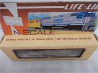LIFE-LIKE N SCALE DELEWARE & HUDSON LOCOMOTIVE/BOX