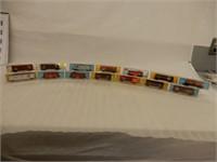 LOT OF 14  ATLAS N GAUGE RAILWAY CARS / CASES