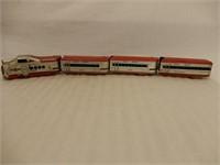 SET OF 4 MARX UNION PACIFIC MODEL RAILWAY CARS