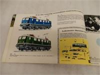 1966 / 67 MARKLIN TRAINS BOOKLET - GERMAN