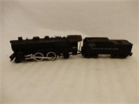 GROUPING OF AMERICAN FLYER ENGINE & TRAIN CARS+