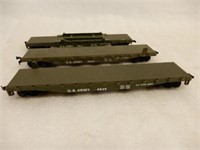 LARGE GROUPING OF PLASTIC RAILROAD CABOOSES+
