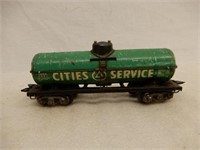 LARGE MIXED LOT OF RAILROAD ENGINES & TRAIN CARS