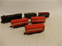 LOT OF RAILROAD ENGINE & MARX TRAIN CARS