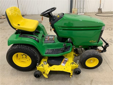 JOHN DEERE GT245 For Sale - 17 Listings | TractorHouse com - Page 1 of 1